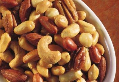 Kacang Almond - 10 Makanan Yang Dapat Membuat Tidur Lebih Lelap - www.simbya.blogspot.com